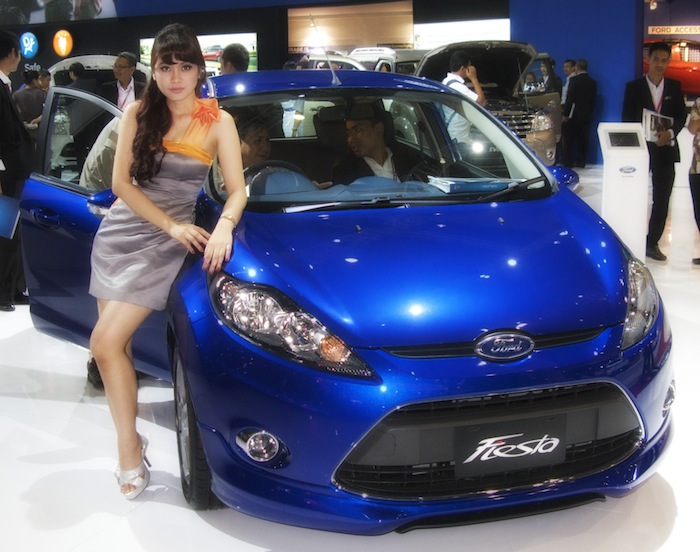 Ford Booth at IIMS 2012 (2/2)