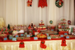 Christmas Dessert Table 01