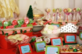 Christmas Dessert Table 06