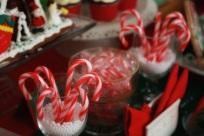Christmas Dessert Table 08