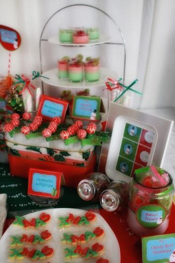 Christmas Dessert Table 10
