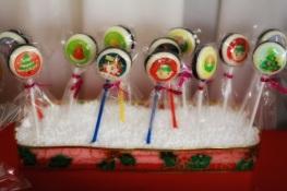 Christmas Dessert Table 12