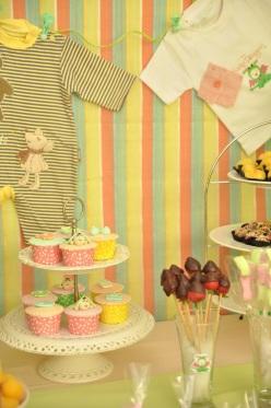 Baby Shower Dessert Table 005