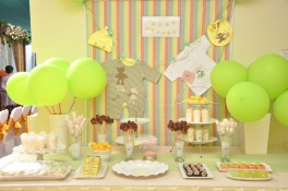 Baby Shower Dessert Table 013